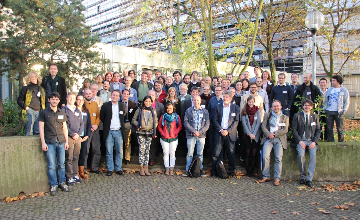 2nd Data Management Workshop 2014 - group picture